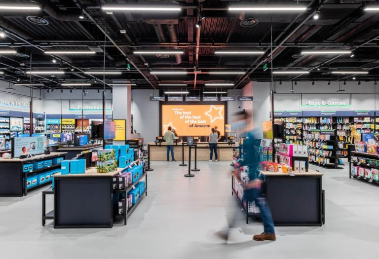 Amazon 4-Star Store – First One to Open Outside the US